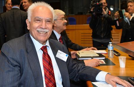 Doğu Perinçek: Mahkeme kararı yok, Ermeni soykırımı yok