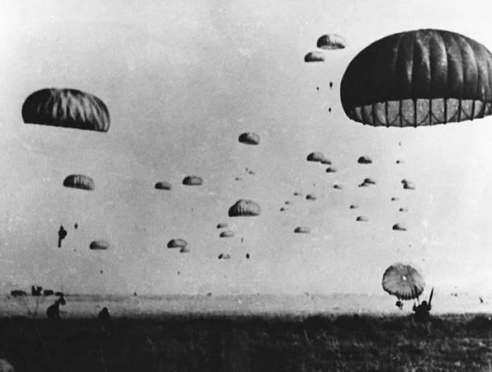 """20 Temmuz 1974'te 'Ayşe Tatile Çıktı""""; yani Türk Ordusu Kıbrıs Barış Harekatı'na başladı"""