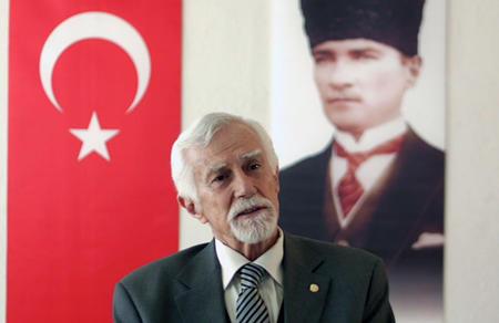 """Turgut Okyay: """"Anayasa Mahkemesi yolu açık"""""""
