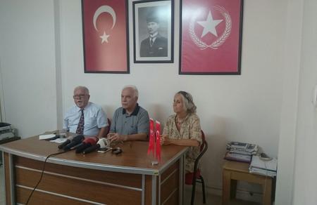 """Doğu Perinçek: """"FETÖ darbesi Türk Ordusu ve Türk Milleti tarafından ezildi"""""""