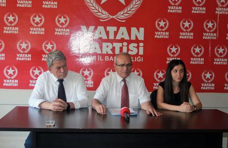 """Mehmet Bedri Gültekin: """"Terör ve darbe üssü İncirlik'e el konulmalıdır"""""""