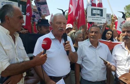 'Askeri okullar açılsın' nöbet, Bursa'da