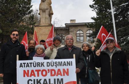 """""""Türkiye'yi ve Atatürk'ü düşman ilan eden NATO'dan çıkalım"""""""
