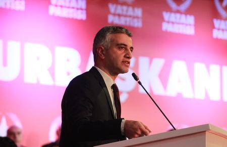 """""""Doğu Perinçek, Türkiye'yi bu iktidardan da bu sözde muhalefetten de kurtaracak"""""""