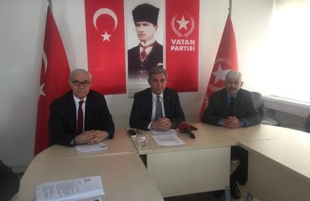 Serhan Bolluk: CHP 2015 seçimlerinde uzattığımız eli neden itti?