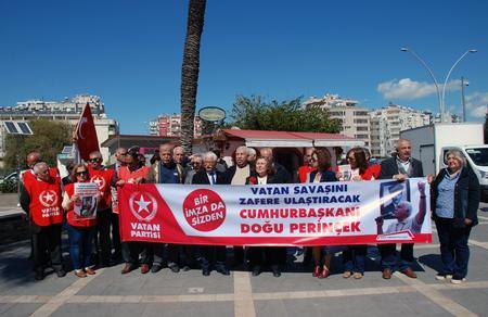 Adana İl Başkanlığımız, imza çalışmalarını sürdürüyor