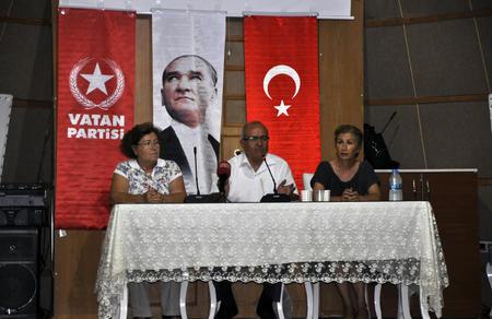 Mehmet Bedri Gültekin'den krize çözüm açıklaması