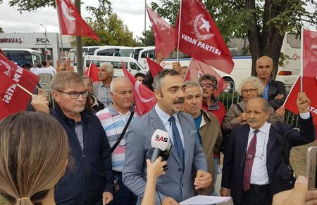 Bursa İl Başkanlığımızdan TOFAŞ önünde eylem