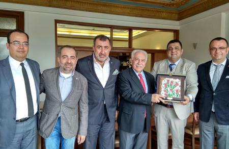 Türk Amerikan İş Adamları Derneğinden Doğu Perinçek'e ziyaret