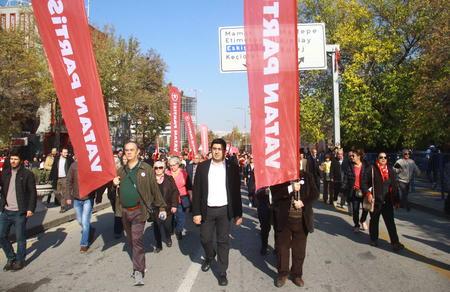 """""""Atatürk'ün yanından ve onun devrimci programından asla ayrılmayacağız!"""""""