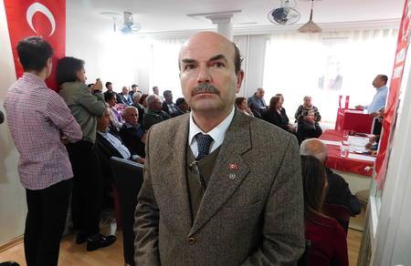 """""""Mehmetçik terörü temizleyerek şehitlerimizin kanını yerde bırakmayacak"""""""