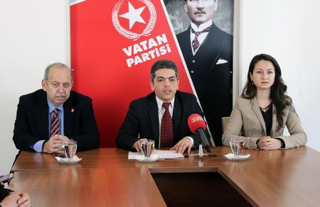"""İlker Yücel: """"PKK'nın partisi ile ittifak intihardır"""""""