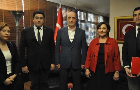 Tülin Oygür, TÜRK-İŞ'i ziyaret etti: Emekten yana belediyecilik gelecek