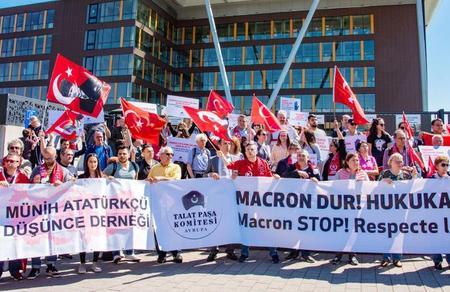 Avrupa'daki Türkler komşularına seslendi: Kardeşliğe, eşitliğe davet