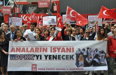 Anaların isyanı HDPKK'yı yenecek!