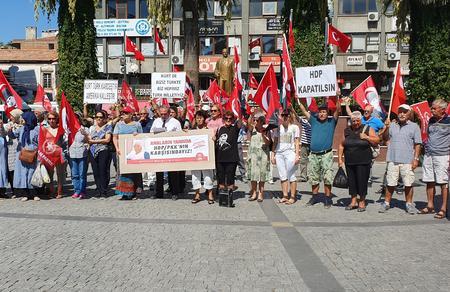 Edremit'ten Diyarbakır annelerine destek