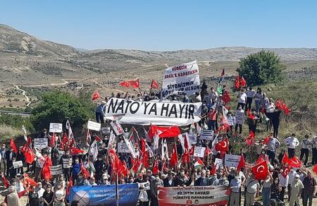Türkiye İsrail'e gözcü olamaz