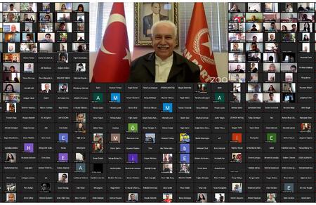 Doğu Perinçek, Türklerde Devlet Kuruculuğu dersinde gençlerle buluştu