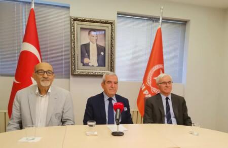 Hasan Korkmazcan: Anayasa Mahkemesi Başkanı görevini bırakmalıdır